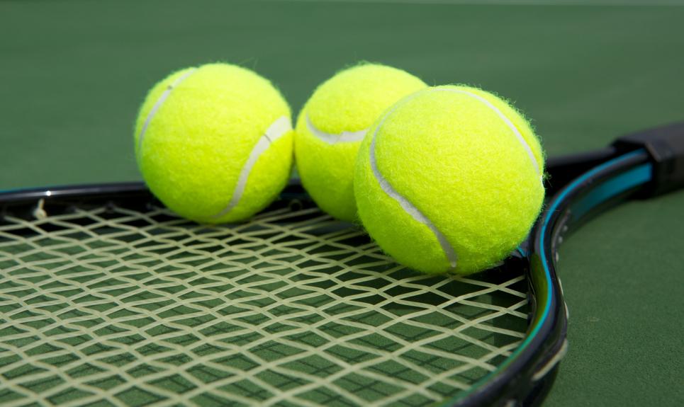 piłeczki tenisowe