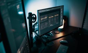 Sprawdź co wyróżnia monitory dla graczy i do rozrywki